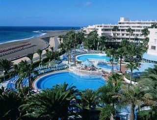 https://icelolly.com/hotel/puerto-del-carmen/sol-lanzarote?departureAirports=STN&date=02/07/2017&duration=1-5%3A5&board_basis=AI&fromShortlist=1&utm_medium=referral&utm_content=search&utm_campaign=share&utm_source=pinterest