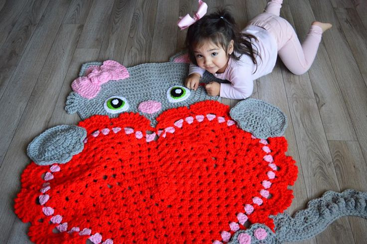 Sassy the Kitty Heart Rug by Arianna's Handmade Boutique can be purchased from --> https://www.etsy.com/listing/511398581/sassy-the-kitty-cat-rug-kitty-love-rug  Crochet Pattern from --> https://irarott.com/Kitty_Cat_Heart_Rug_Crochet_Pattern.html