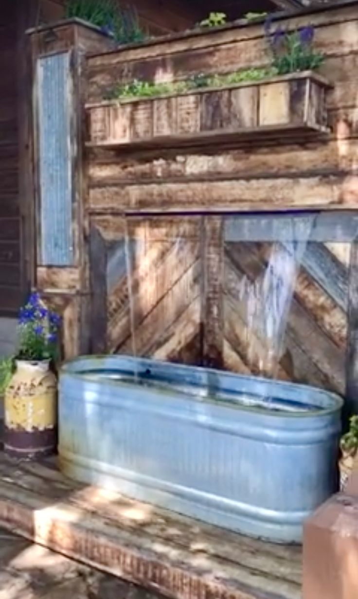 Waterfall Made From Pallets Amp Trough I M Thinking Next