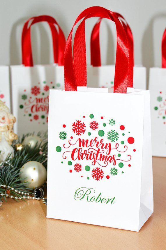 Chic Merry Christmas gift bags Personalized Holiday Gift Bag with satin ribbon handles and custom name Elegant party favors for guests & Chic Merry Christmas gift bags Personalized Holiday Gift Bag with ...