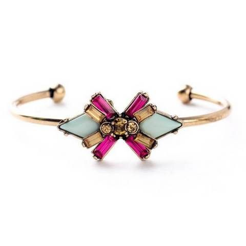 Add unique style to your wrist with this beautiful bangle bracelet. It completes your casual outfit as well as your special occasion outfit.