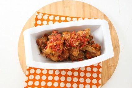 Ayam goreng balado manis, rasanya sangat lezat.