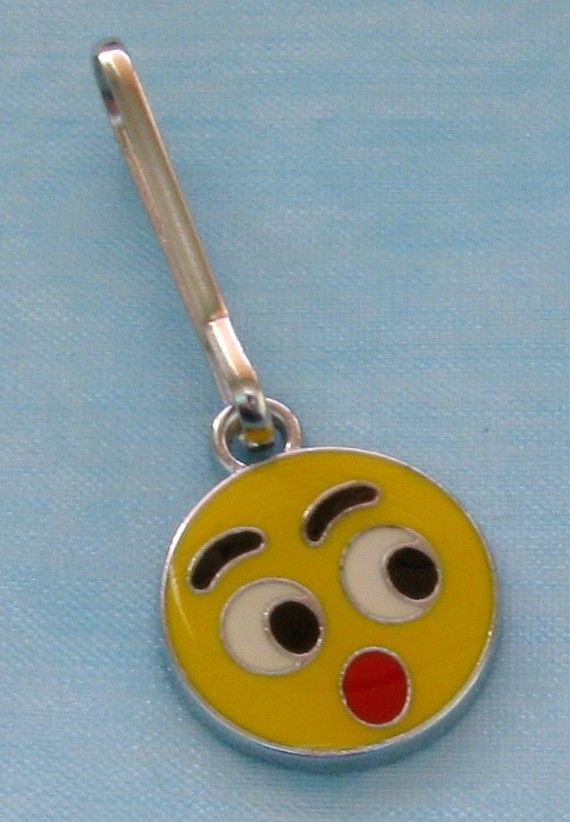 Sale OMG Yellow SMILEY FACE Zipper Pull by BusyBeeBumbleBeads, $1.99