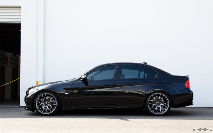 Jet Black BMW E90 335i Looks Clean With Aftermarket Wheels 1 750x469 photo