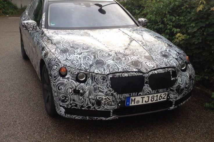blogmotorzone:  BMW Serie 7 2016. BMW Serie 7 2016. La mula con código interno G117 de la futura Serie 7 de BMW ha sido vista por el Infierno Verde y por sus alrededores haciendo kilómetros... Para leer más visita: http://blogmotorzone.blogspot.com.es/2014/09/bmw-serie-7-2016.html