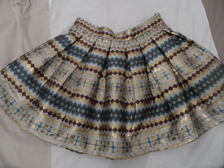 I am soooo proud this skirt is mine! <3  By Anna Smith (unfortunately, couldn't find a better pic on the internet)