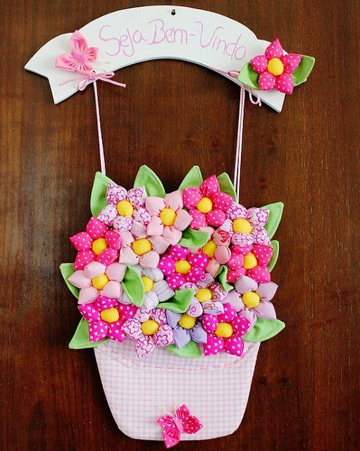 Adorno de  Puerta - flores y mariposas   Door Ornament - flowers and butterflies DIY multicolor   Janete Artesanato Chapecó: Enfeite de porta - flores e borboleta