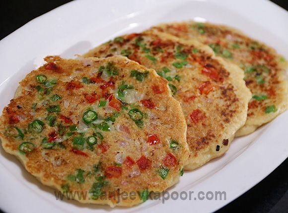 How to make Oats Uttapam-Instant uttapams made with healthy oats.