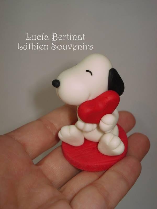 Snoopy. Cold porcelain. Porcelana fria. Biscuit. souvenir.