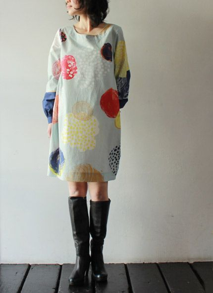[marimekko] HALLU - I just LOVE this print, The fabric really makes me happy!  I have to find a way to make a print like this!