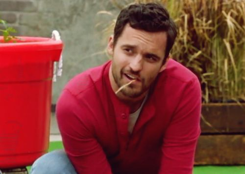 Jake Johnson as Nick Miller in #tomatoes! This was one of my favorite Nick scenes! #newgirl