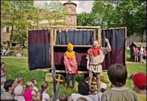 W tegorocznej ofercie Zamkowego Lata dla Dzieci znajdą się spektakle teatralne, warsztaty, gry, zabawy i piknikowe zestawy rysunkowe.
