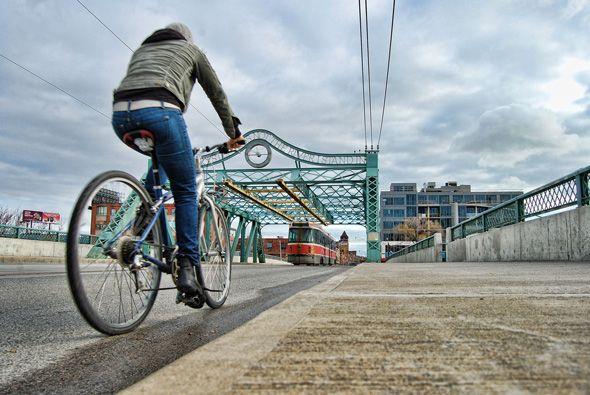 Useful links for the Toronto cyclist.