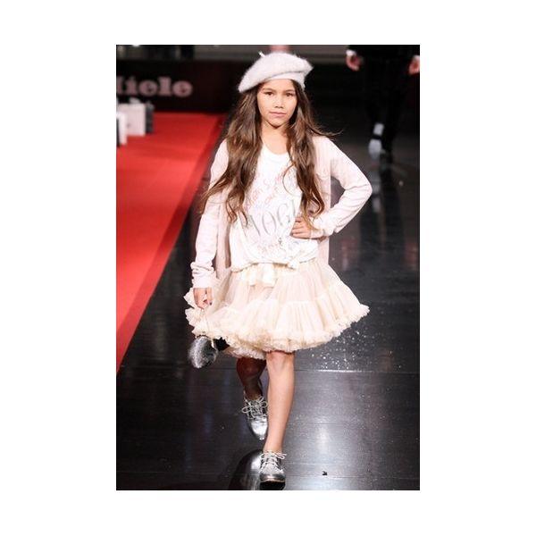 princess Ivory on catwalk