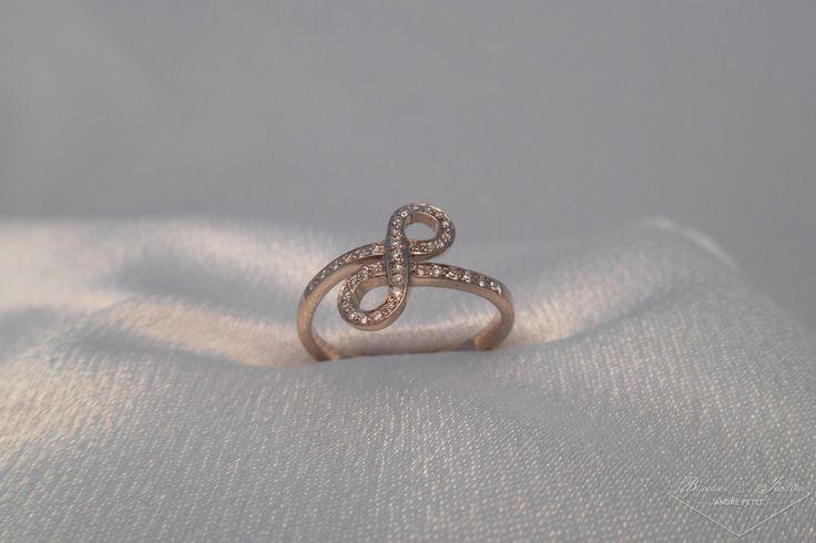 Bague fine diamant «Eternelle»   Bijoutier & Joaillier André PETIT