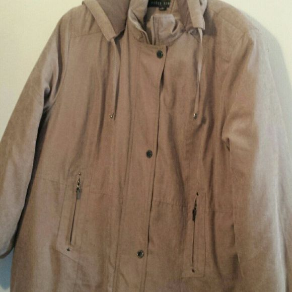 Ladies winter coat Soft microfiber fully lined coat with removable hood. Snaps and zippers closed and drawstring waist completes this very warm versatile coat. Excellent condition. Size XL but will fit a 2x as well. Fleet Street Jackets & Coats
