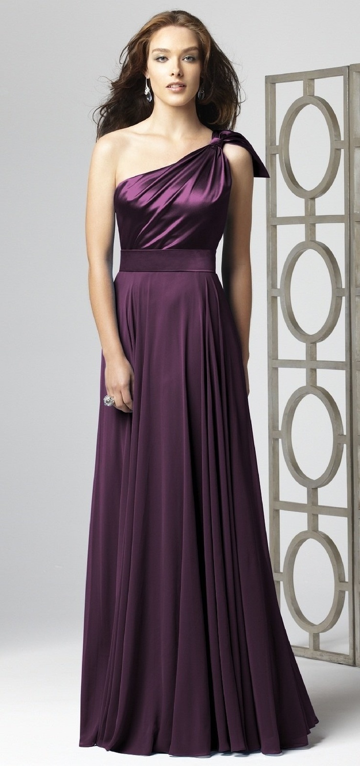Aubergine Bridesmaid Dress This Would Look Incredible As A Maid Of Honor Dress For Carrie In