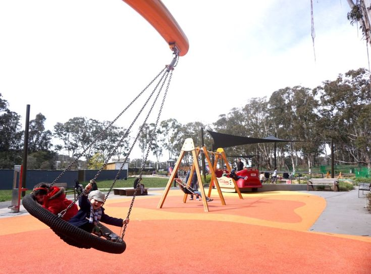 HOT: Boundless playground, Kings Park, Canberra http://tothotornot.com/2016/10/boundless-kings-park-canberra/