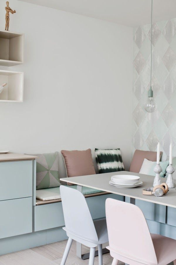 Muuto - Nerd chair, 70/70 table and E27 pendant lamp