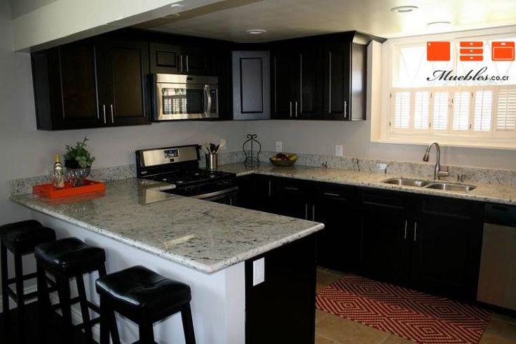 Mueble de cocina con Desayunador personalizado.