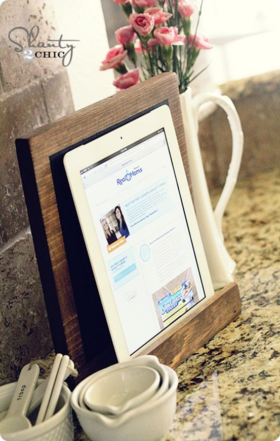 Small Wood Projects ~ Make this wood iPad stand for only $3. It also doubles as a countertop chalkboard!