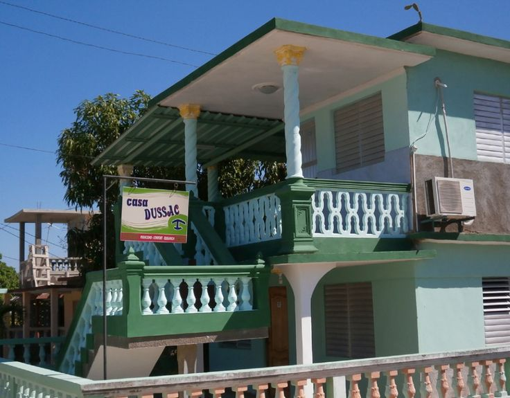 Casa Dussac Owner:                  Arelis Sánchez Coba City:                     Playa Larga Address:               Calle Maria López, Playa Larga Licence nr:            100/16 Breakfast:             Yes Lunch/ diner:         Yes Number of rooms:  2