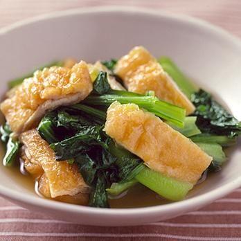 小松菜と油揚げの炒め煮   藤野嘉子さんの煮ものの料理レシピ   プロの簡単料理レシピはレタスクラブニュース