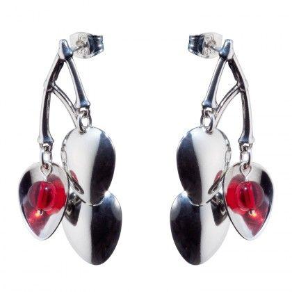 Kalevala Koru / Kalevala Jewelry / Tunturimarja-korvakorut / Mountain Berry Earrings / Design Erja Hirvi / Silver & Glass pearl