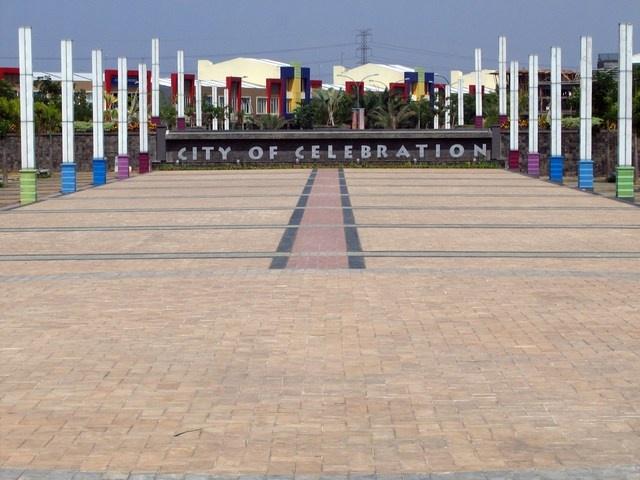 Celebration Plaza, Grand Wisata Bekasi