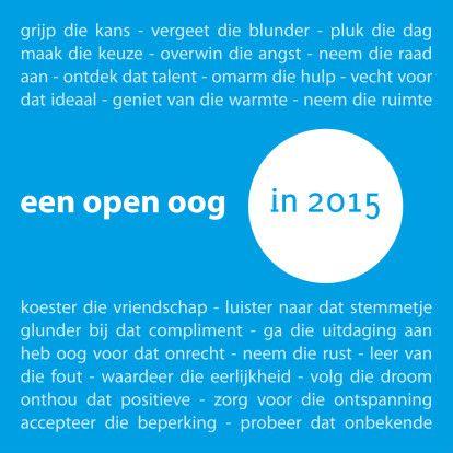 Een open oog in 2015. Ook om fijne feestdagen te wensen. Achtergrondkleur kun je wijzigen. Te vinden: op https://www.kaartje2go.nl/nieuwjaarskaarten