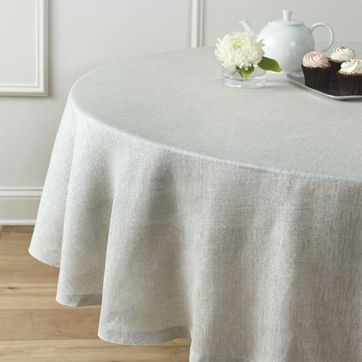 1000 Ideas About Round Tablecloth On Pinterest Wooden