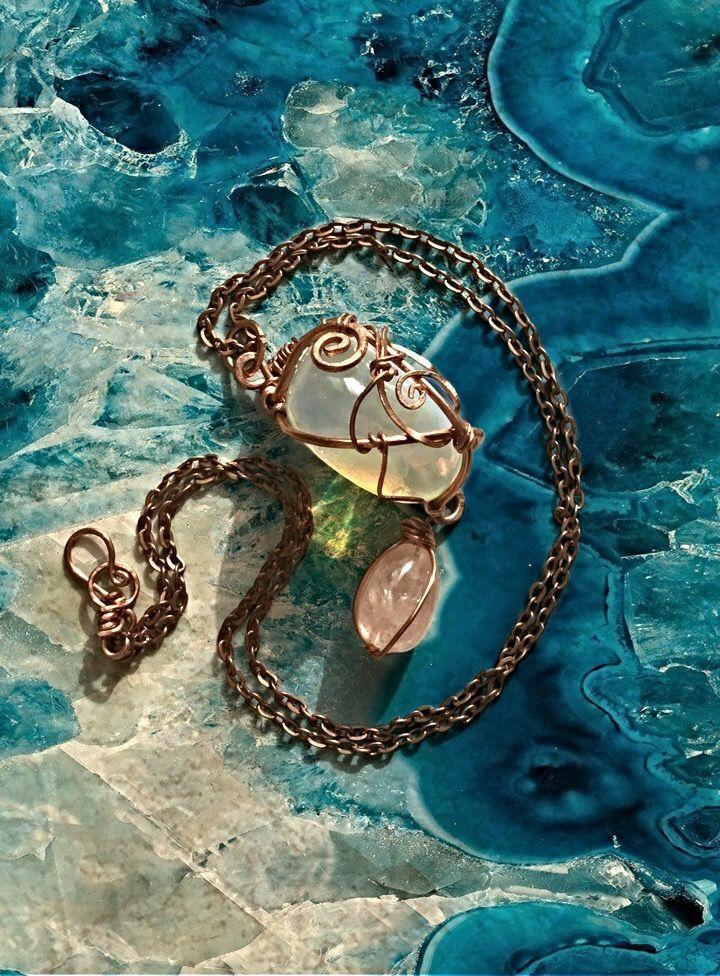 Ciondolo in filo di rame e una pietra di pasta di opale   Pendant, copper with opal and pink quartz    miriam.turoldo@gmail.com #gioiellifantasy #gioielli #wirewrappedjewelry #gemstone #copper #crystals #handmade #madeinitaly #gioielliartigianali #healingcrystals #wirewrappingjewelry #jewellerymiriam.turoldo@gmail.com  #gioiellifantasy #gioielli #wirewrappedjewelry #gemstone #copper #crystals #handmade #madeinitaly #gioielliartigianali #healingcrystals #wirewrappingjewelry #jewellery