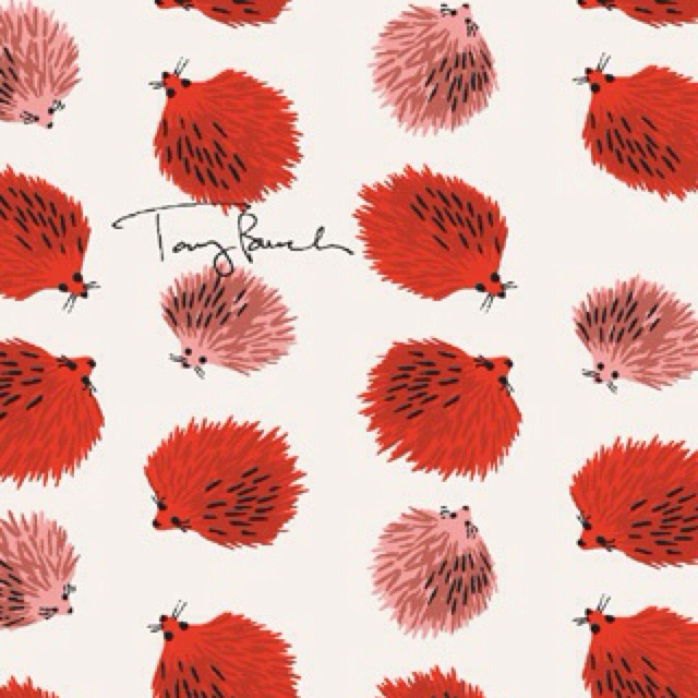 tory burch heart wallpaper - photo #12
