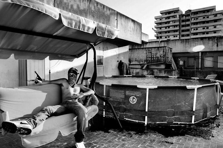 Salvatore Esposito fotografa la realtà più estrema di Napoli