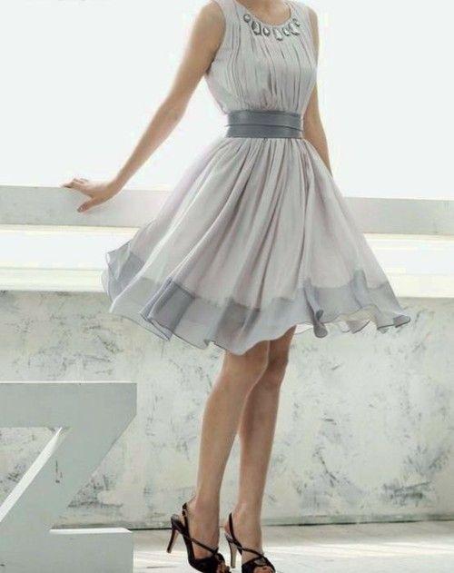 .: Pretty Dresses, Flowy Dresses, Bridesmaid Dresses, Parties Dresses, Cute Dresses, Chiffon Parties, Chiffon Dresses, Grey Dresses, Gray Dresses