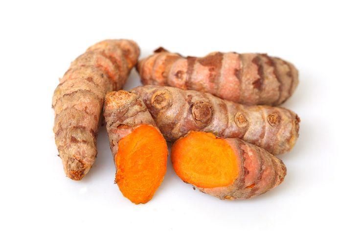 Kurkuma is met recht een Super Food. Kurkuma beschermt tegen kanker, hart- en vaatziekten, diabetes en zelfs Alzheimer en Parkinson.