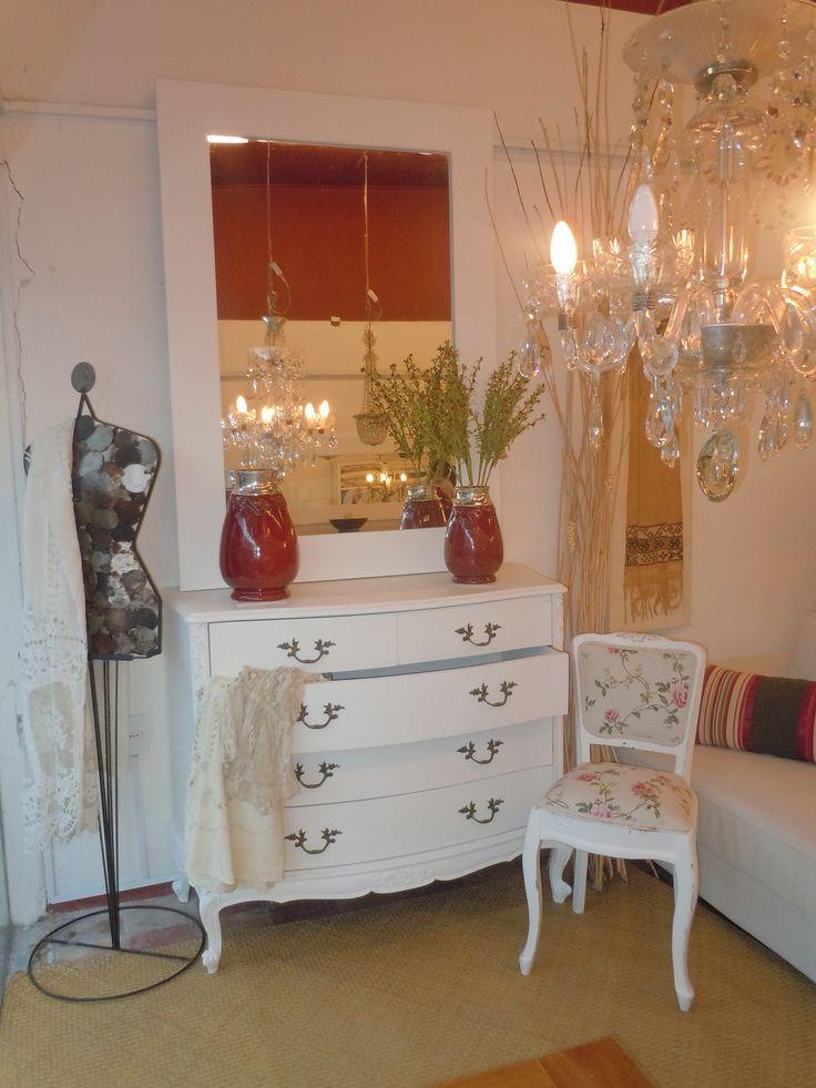 Muebles antiguos reciclados estilo frances pinterest for Muebles antiguos vintage