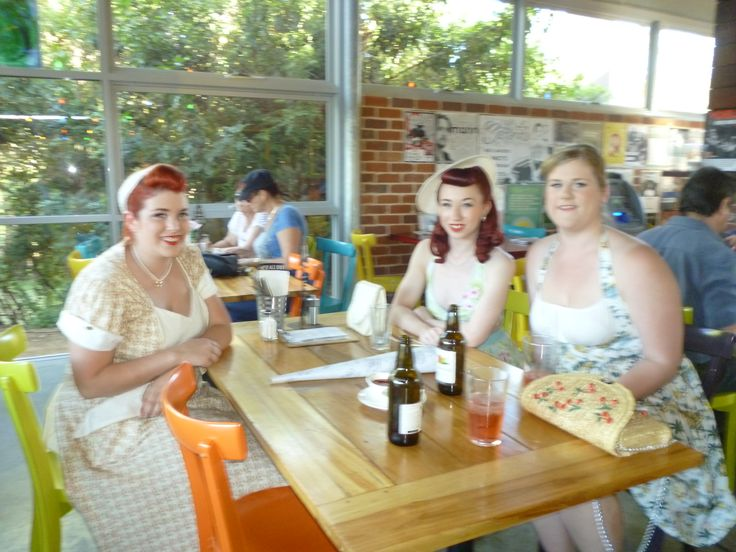 Miss Lady Lace & Friends talking pin ups.