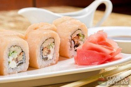 Receita de Sushi de salmão em receitas de peixes, veja essa e outras receitas aqui!