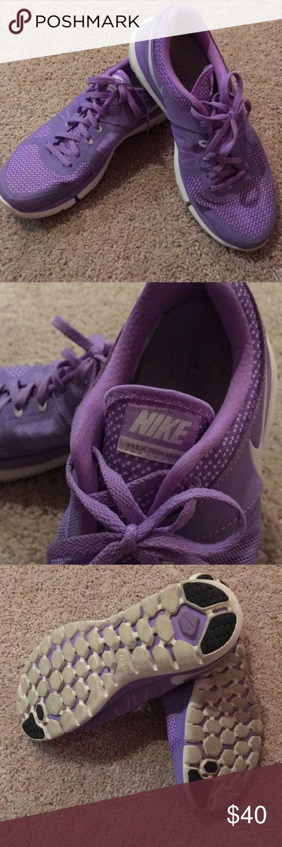 Nike Flex 2014 Run Size 8 purple Nike Flex 2014 Tun tennis shoes. Barely worn. Super comfy. Nike Shoes Athletic Shoes