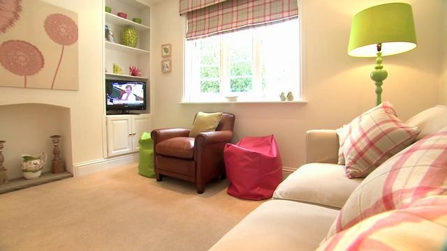 Estate Escapes: luxury self-catering accommodation on an idyllic Yorkshire countryside estate. Two five star holiday cottages - Stracey and Clitherow - beautifully restored Edwardian gatehouses with stunning views of traditional parkland in Hotham, East Yorkshire. Perfectly located for day trips to York, Leeds, Beverley, Hull and the East Coast as well as to take in Yorkshire's finest scenery, including the Dales, the Moors and the Wolds.