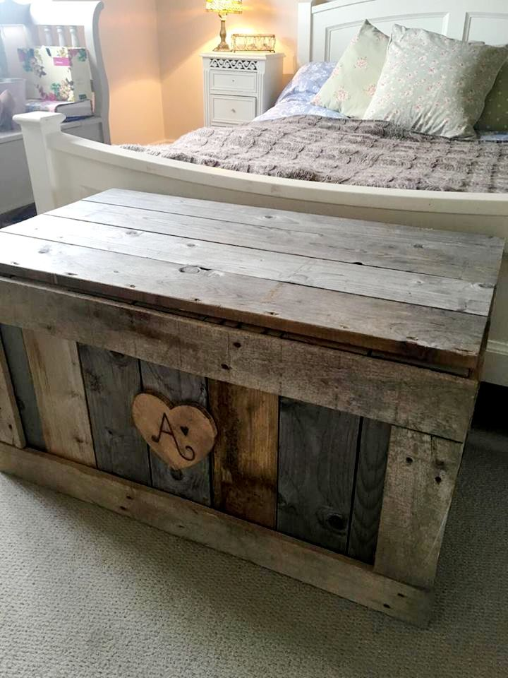 "you can just reinstall them to gain beautiful wooden chest just like this DIY pallet chest design, personalized with wooden tag in front having ""A"" inscribed"