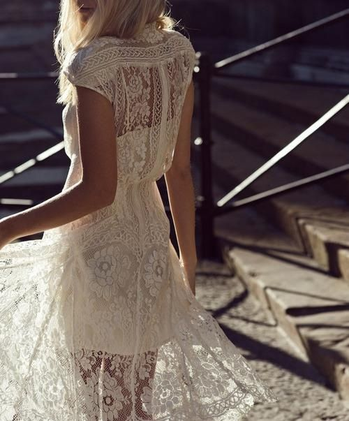White lace dress: Summerdresses, Summer Dresses, Wedding Dressses, Style, Rehear Dresses, Receptions Dresses, White Lace Dresses, Lacedress, Rehear Dinners