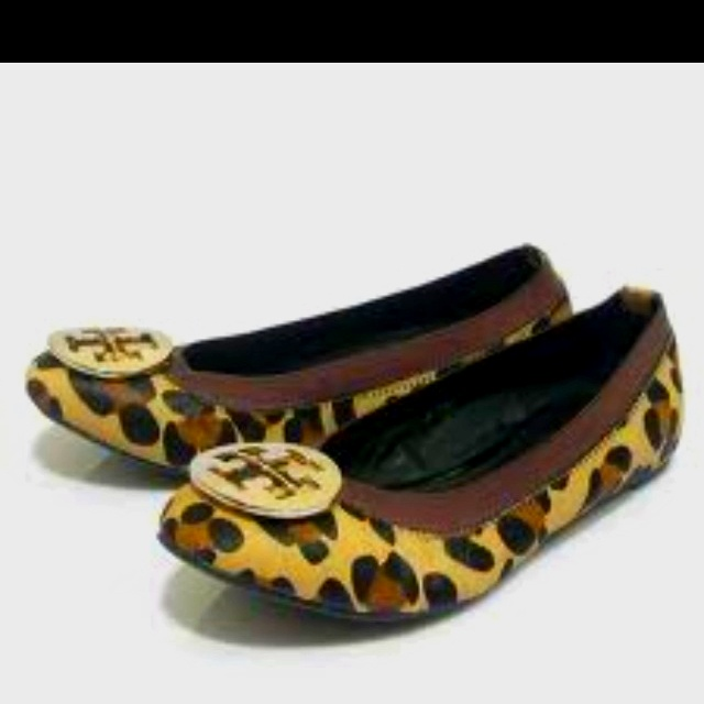 leopard tory burch, couldn't get any better !