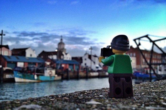 El Aventurero Lego fotógrafo, es impresionante.