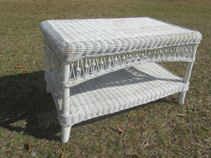 Shabby Chic Wicker Coffee Table, Wicker Table, Vintage Table, Vintage Wicker,  Outdoor Furniture
