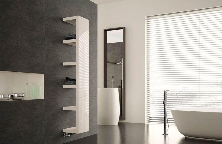 Quadraqua: grazie alla sua particolare forma questo radiatore di design si inserisce perfettamente in qualunque contesto abitativo, dal bagno alla zona living // Quadraqua: thanks to its special shape this design radiator perfectly fits into any living environment, from the bathroom to the living area. Designe by Domenico De Palo. #bathroom #home #furniture #heating #casa #riscaldamento