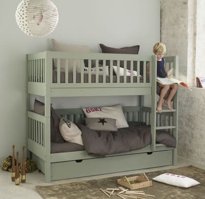 Love these bunk beds!