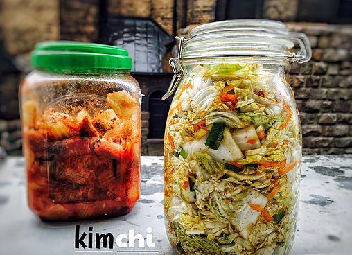 Když jsem vjedné korejské restauraci poprvé ochutnal kimchi, nemohl jsem uvěřit svým chuťovým buňkám. Chutě, které vám asijské kvašené kimchi přináší, by