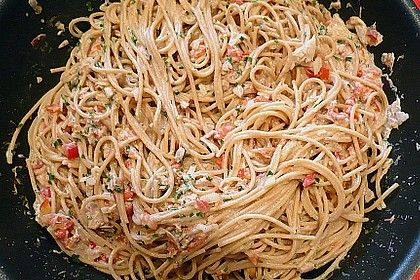 Spaghetti with cream cheese – tuna – sauce   – Kiri